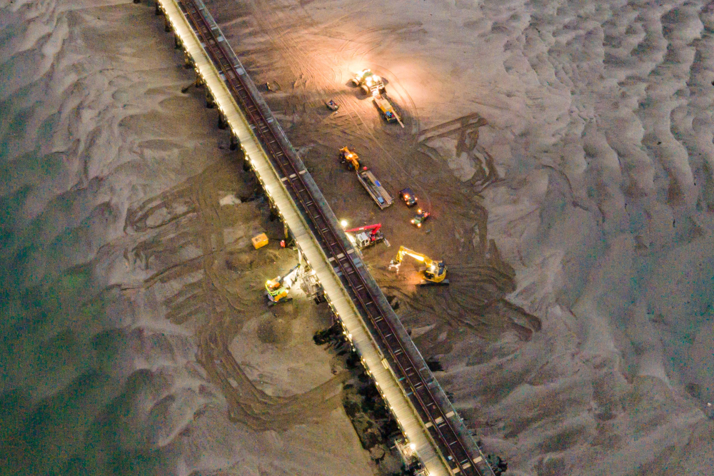 Engineers working on Barmouth Viaduct