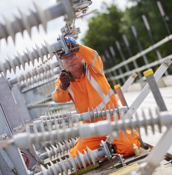 East Coast Main Line: £216.2m contract to increase power supply