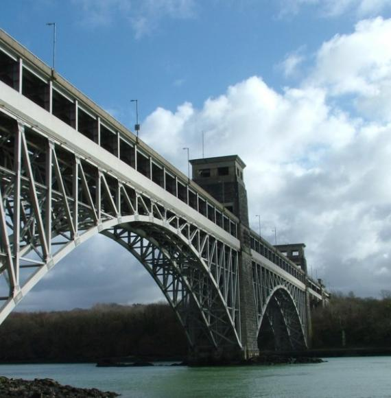 Britannia Bridge photo