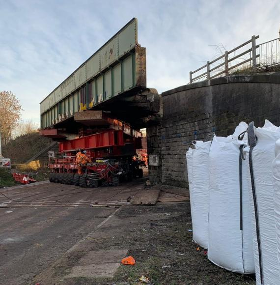 Team working to remove the Doncaster Road railway bridge