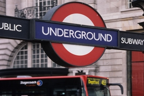 Union calls for government intervention after near-£1bn TfL deficit revealed