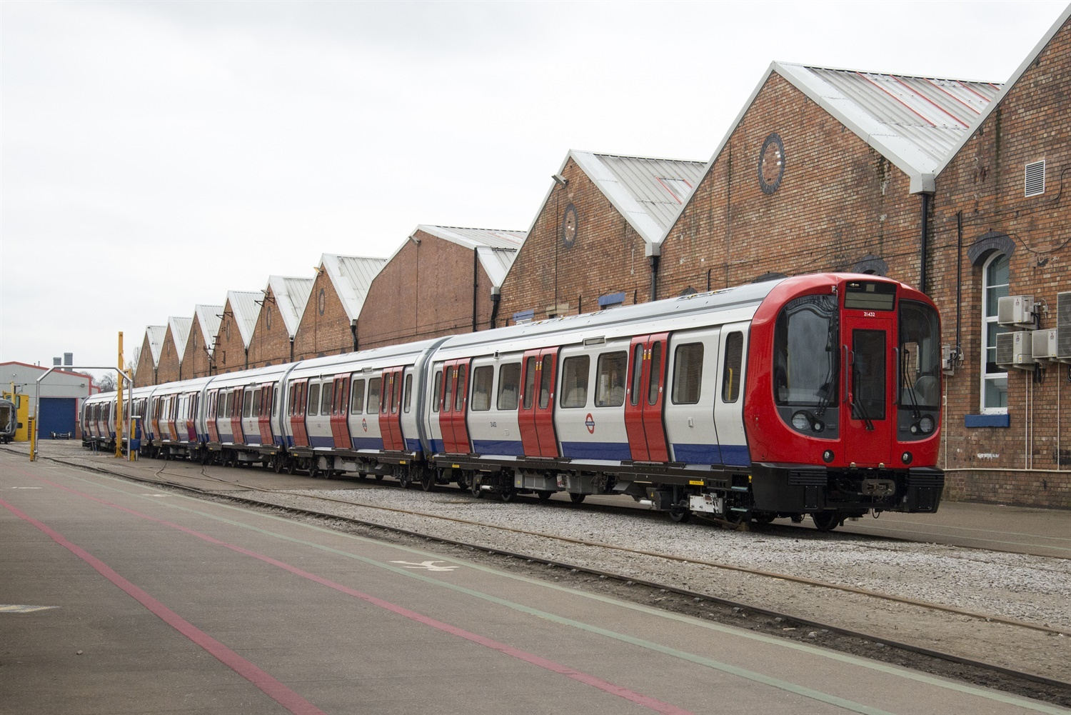 Bombardier delivers last of 191 S-Stock Tube trains