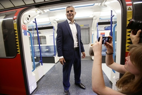 Khan: New Piccadilly rolling stock will be delivered by 2023