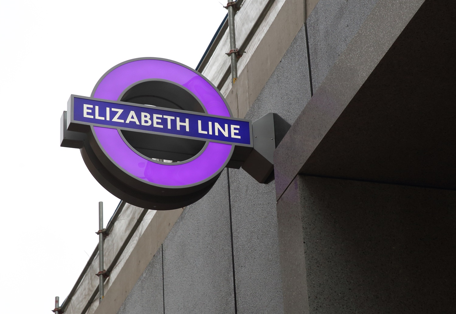 TfL installs first 'iconic' purple roundels ahead of historic Elizabeth Line opening