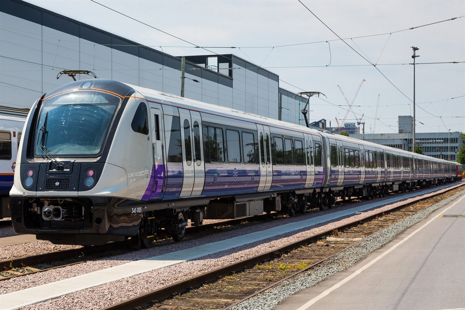 Elizabeth Line trains first to run without yellow front ends since steam era