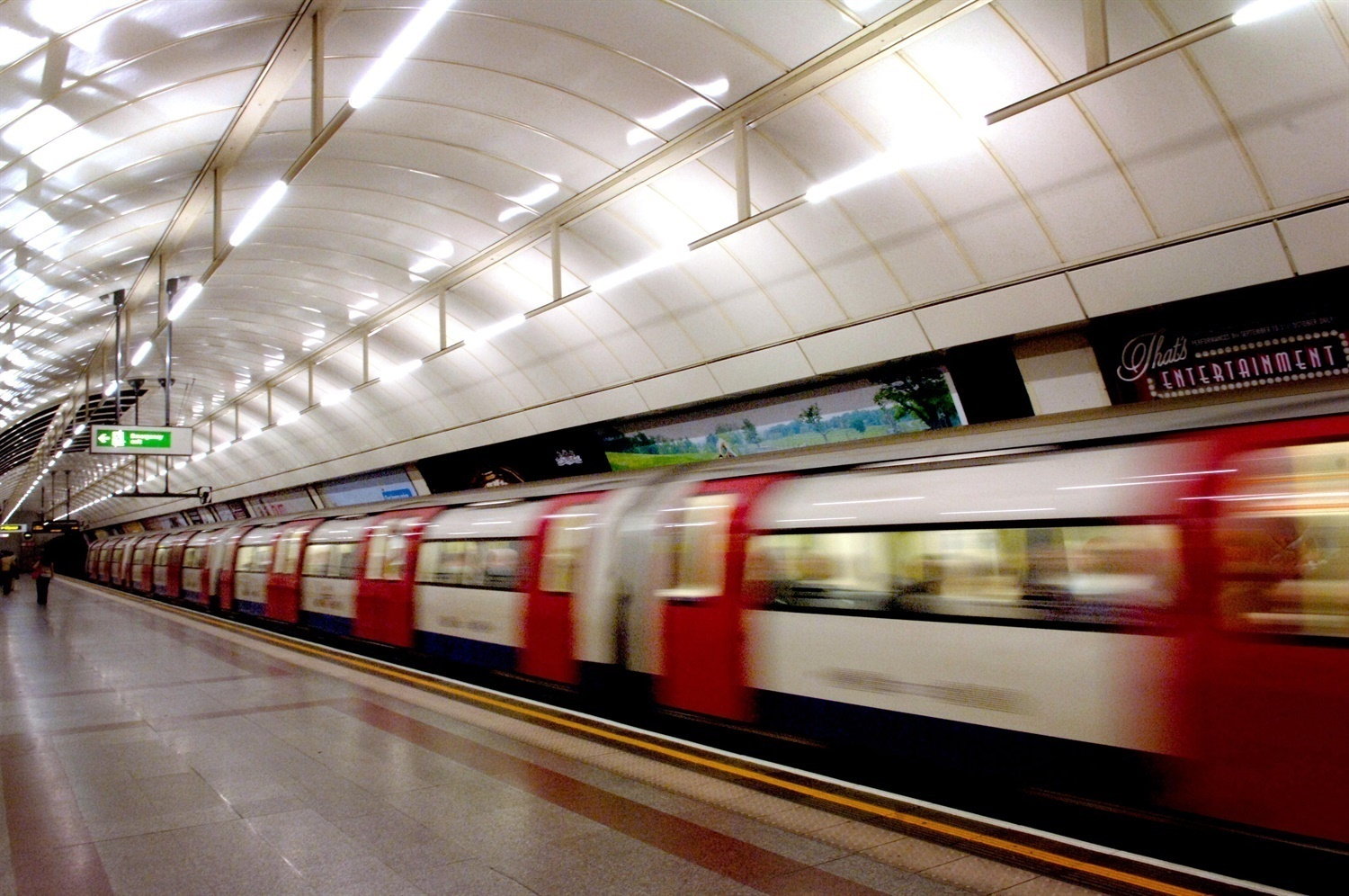 RMT ballot members over Night Tube