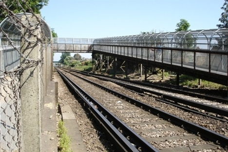 Footbridge replacement in Chichester