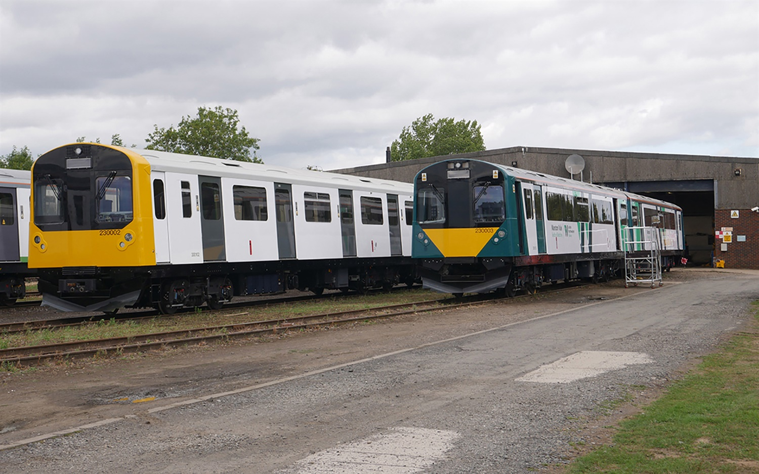 Vivarail unveils new Class 230 livery as West Midlands Trains deal signed