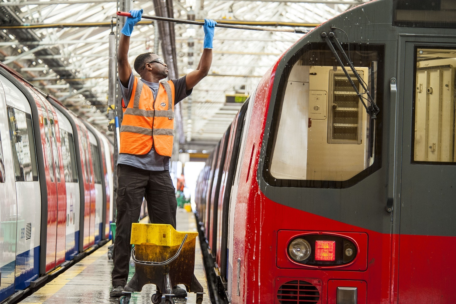 TfL to decide on extension of Alstom's Northern Line contract