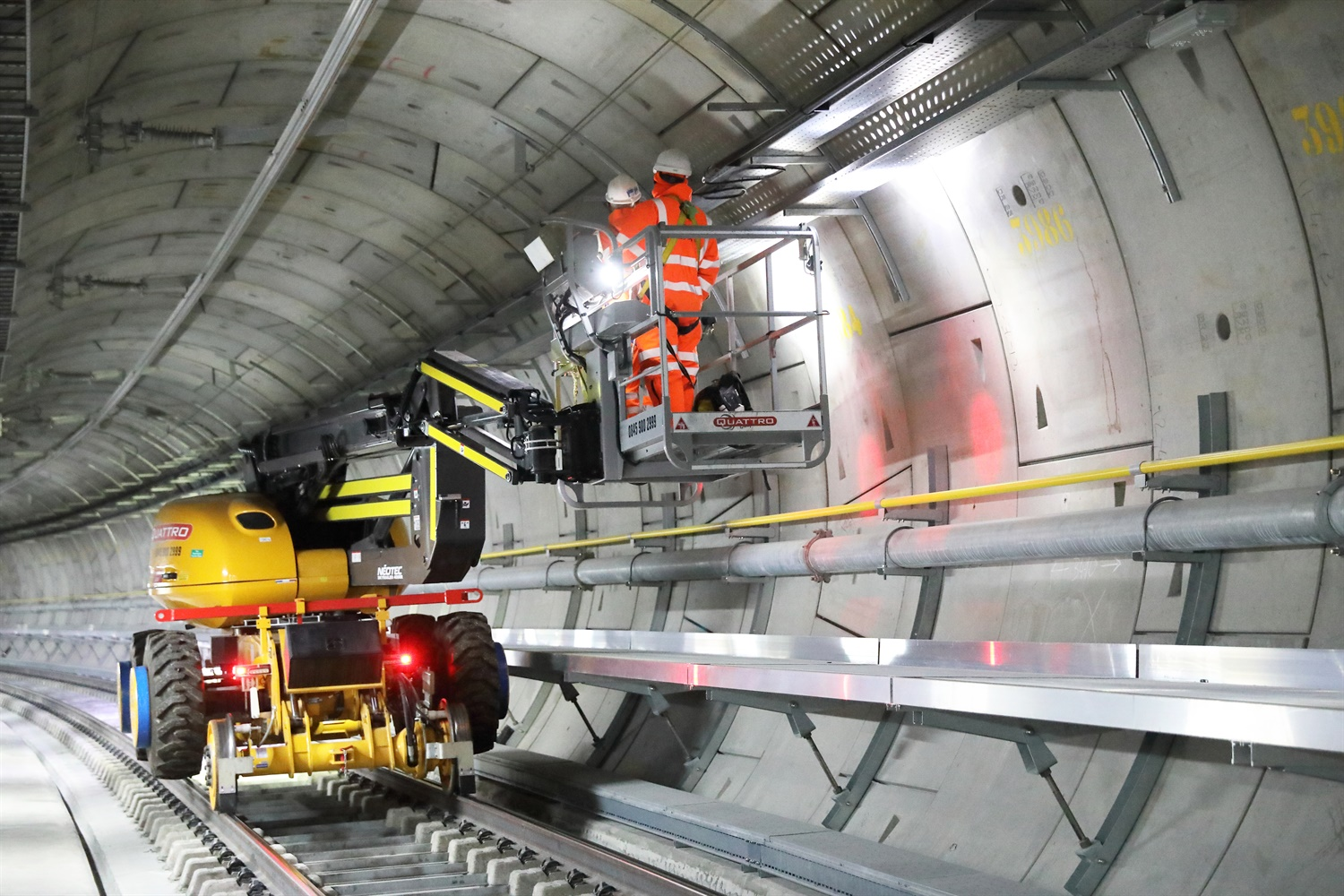 Bond Street a year behind other Crossrail stations due to tunnelling problems