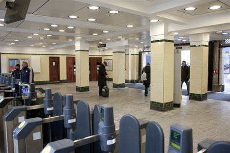 London Underground installs wide aisle gates