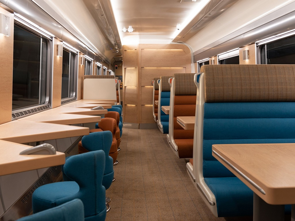 632 tn gb-caledoniansleeper-caf-club-car