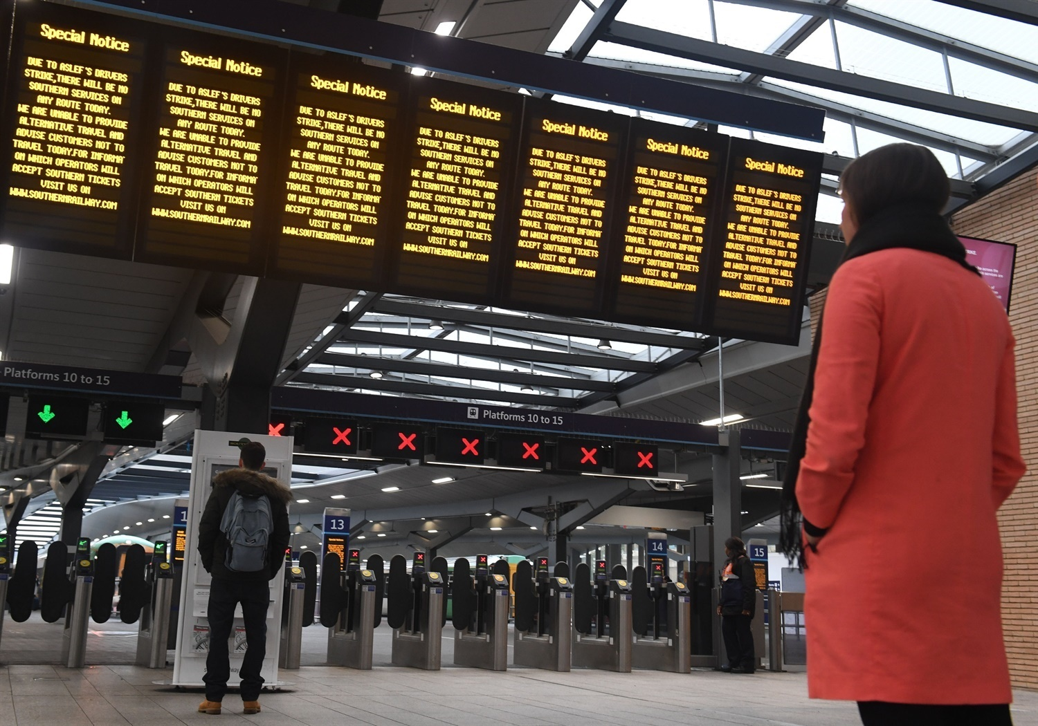 MPs launch Rail Ombudsman Bill following Southern disruption