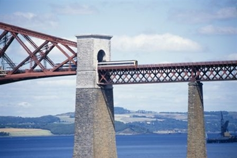 The end of a myth - Forth Bridge painters set to hang up their brushes