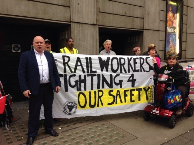 RMT accused of 'cancelling Christmas' with new December strikes on Southern