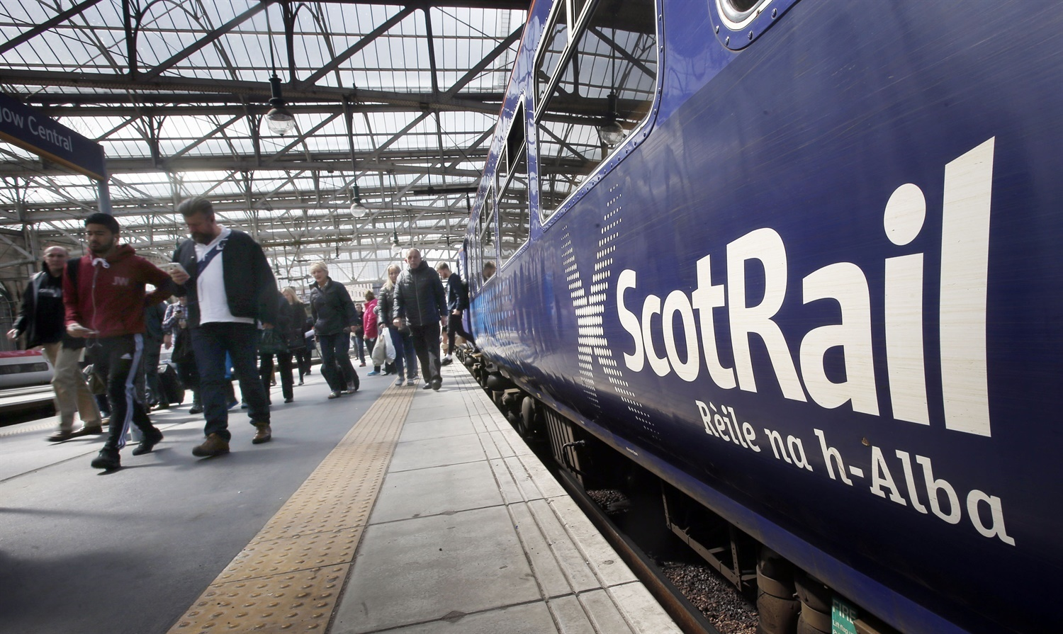 RMT suspends ScotRail strikes