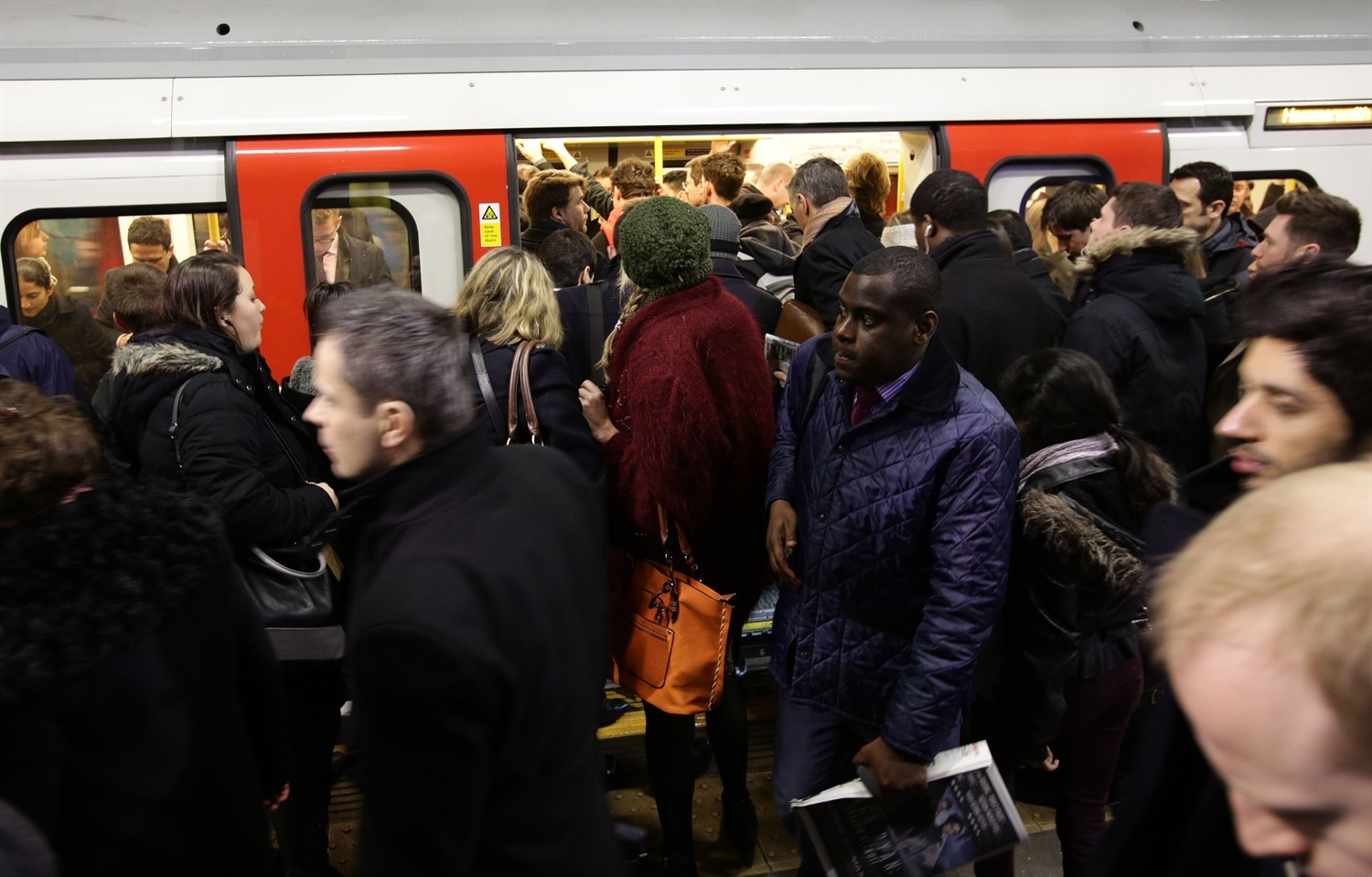 Labour slams DfT for 'national disgrace' of overcrowded trains
