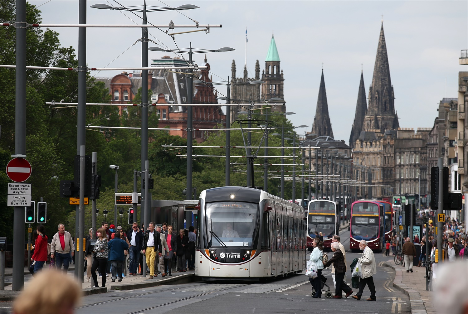 Councillors back controversial plans to extend Edinburgh's tram network