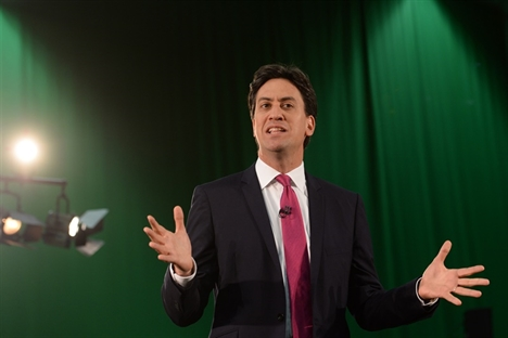 Miliband calls for lower cap on fare rises – but no freeze