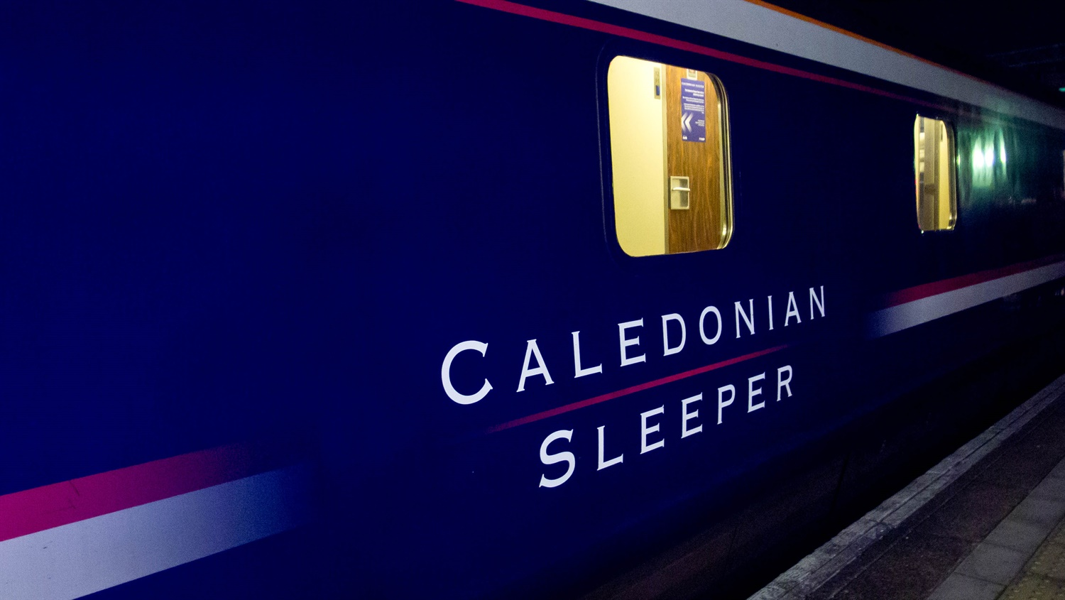 GB Railfreight wins contract to haul Caledonian Sleepers