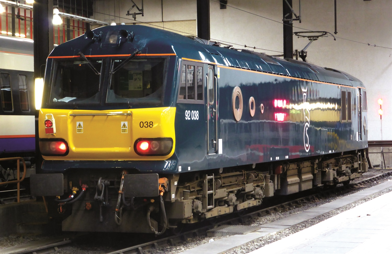 Caledonian sleeper: Poor performance figures and the role of new loco's