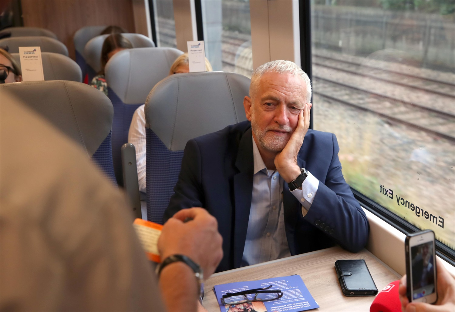 Corbyn pledges £10bn for Northern Crossrail project