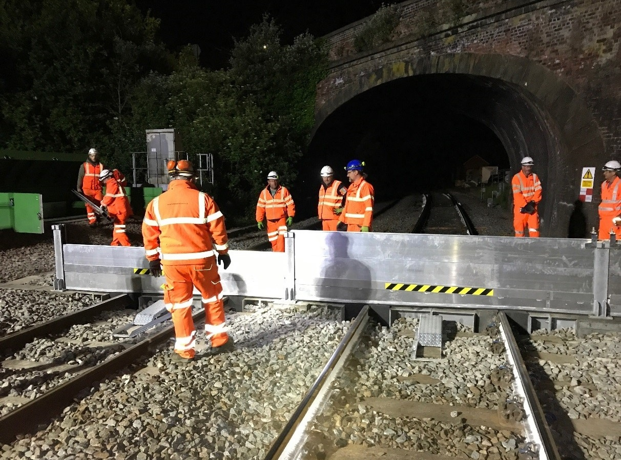 Network Rail installs new flood barrier north of Exeter