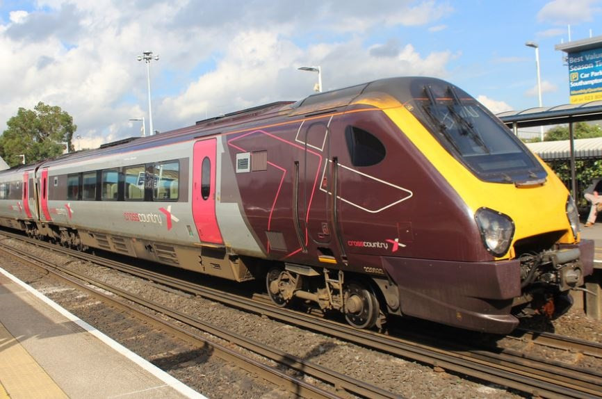 DfT confirms CrossCountry franchise extension for Arriva