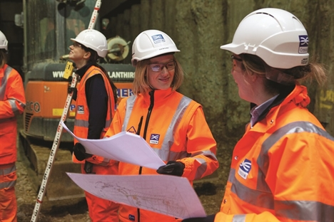 Calling all women: have your say on the barriers of the rail industry