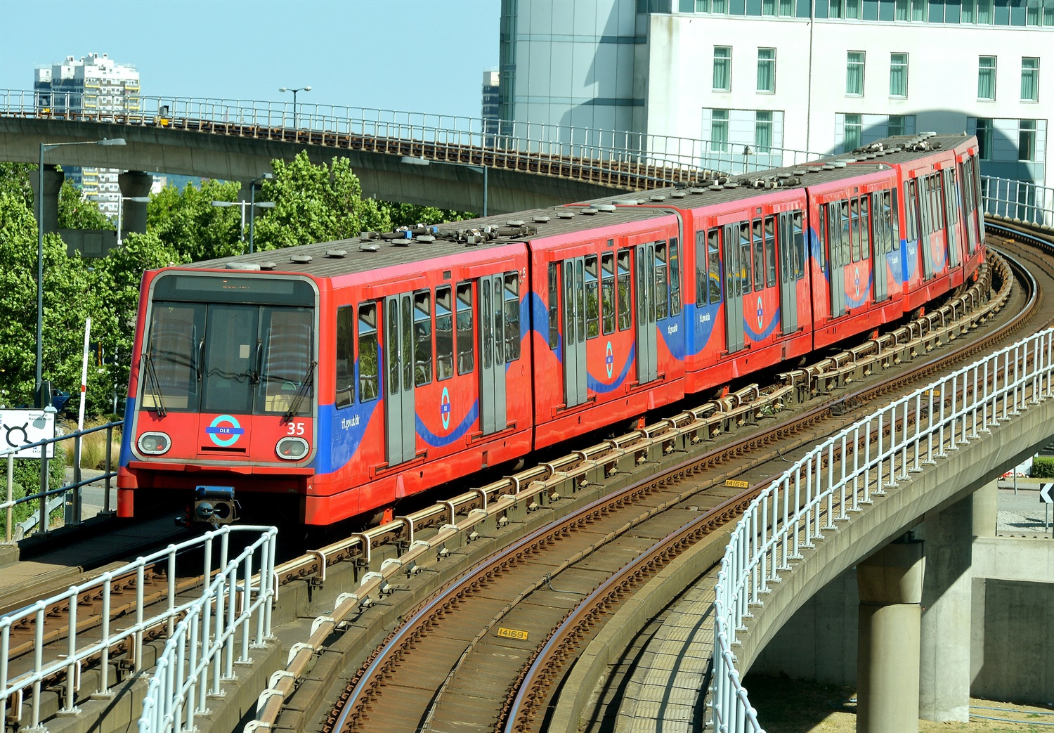 Budget update: £291m for London's DLR and boost for Transforming Cities Fund