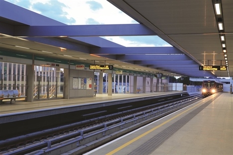Temporary works design at Crossrail's first-opened station