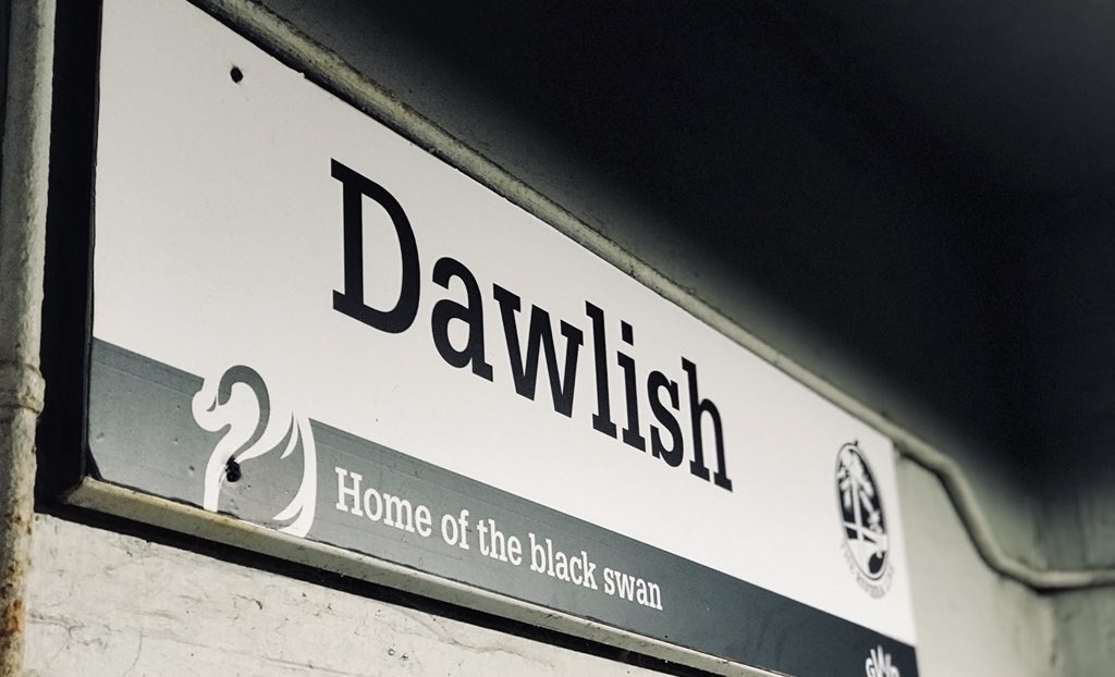 Person hit and killed by train on Dawlish railway