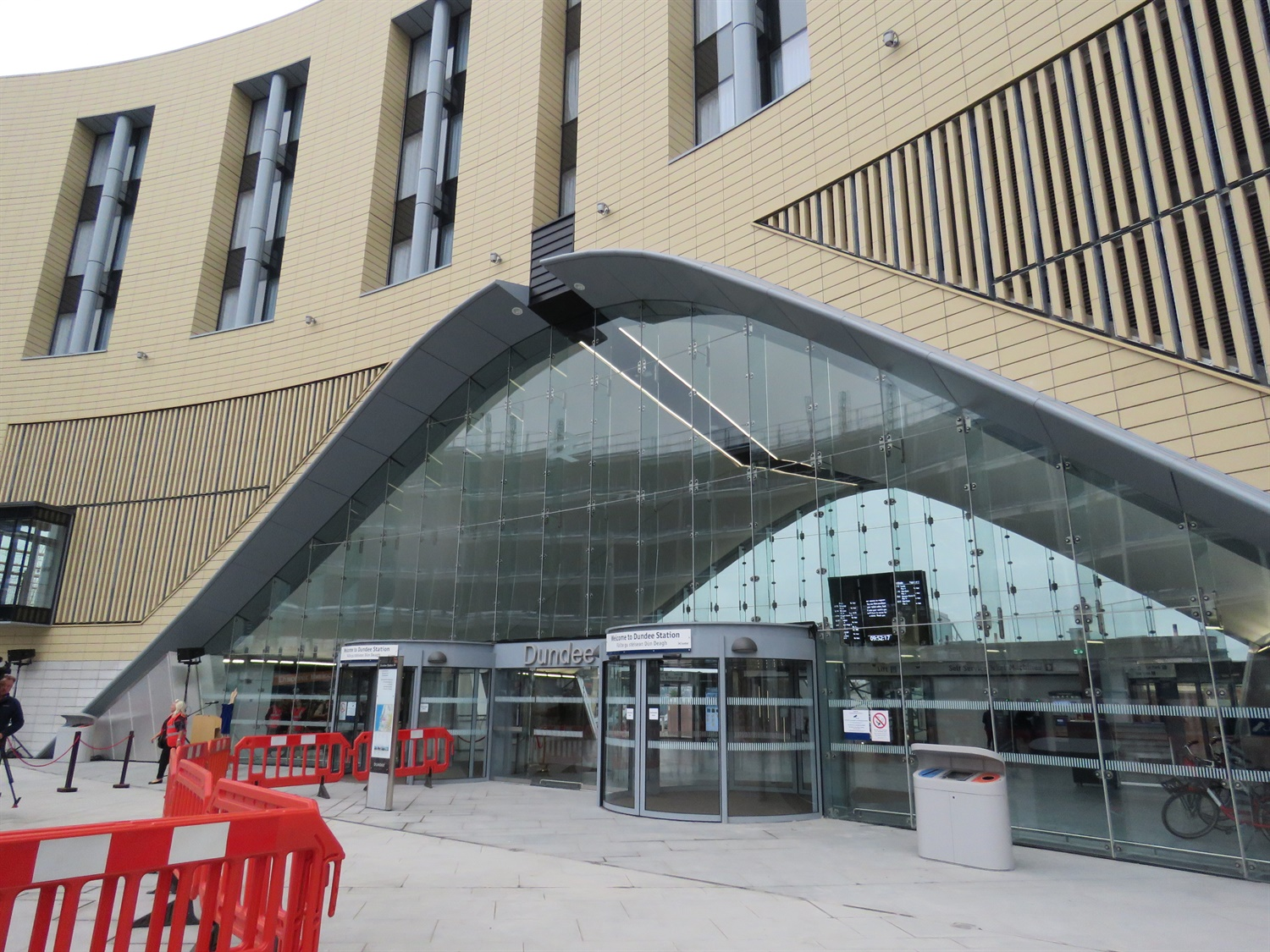 State-of-the-art Dundee station opened after 20 years of planning