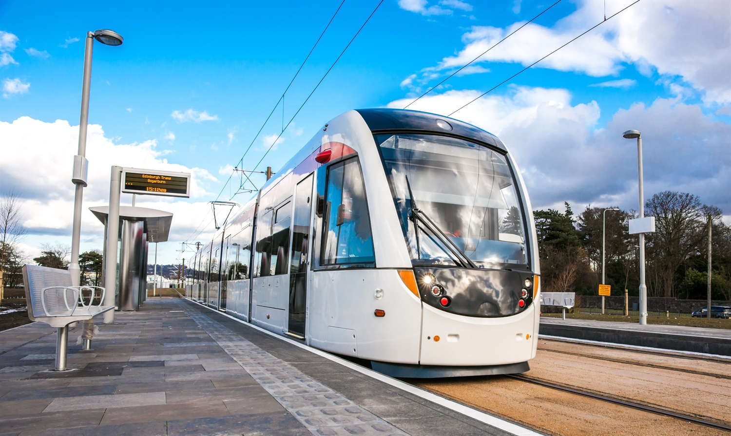Bidders shortlisted for Edinburgh tram extension contract