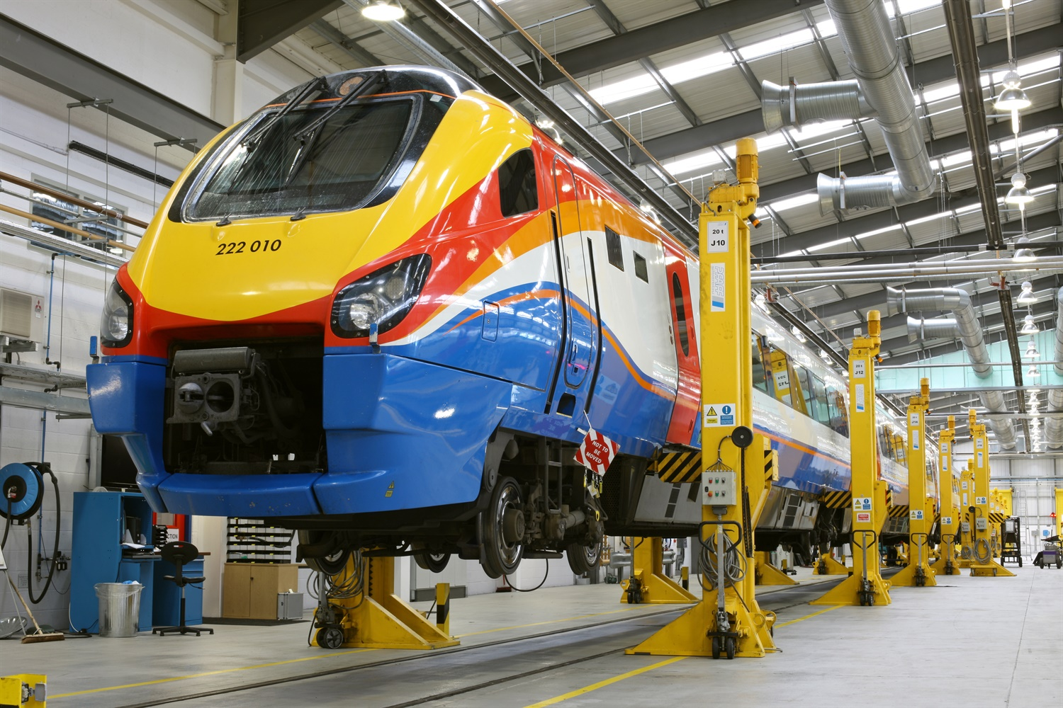 East Midlands Trains extends maintenance contract with Bombardier