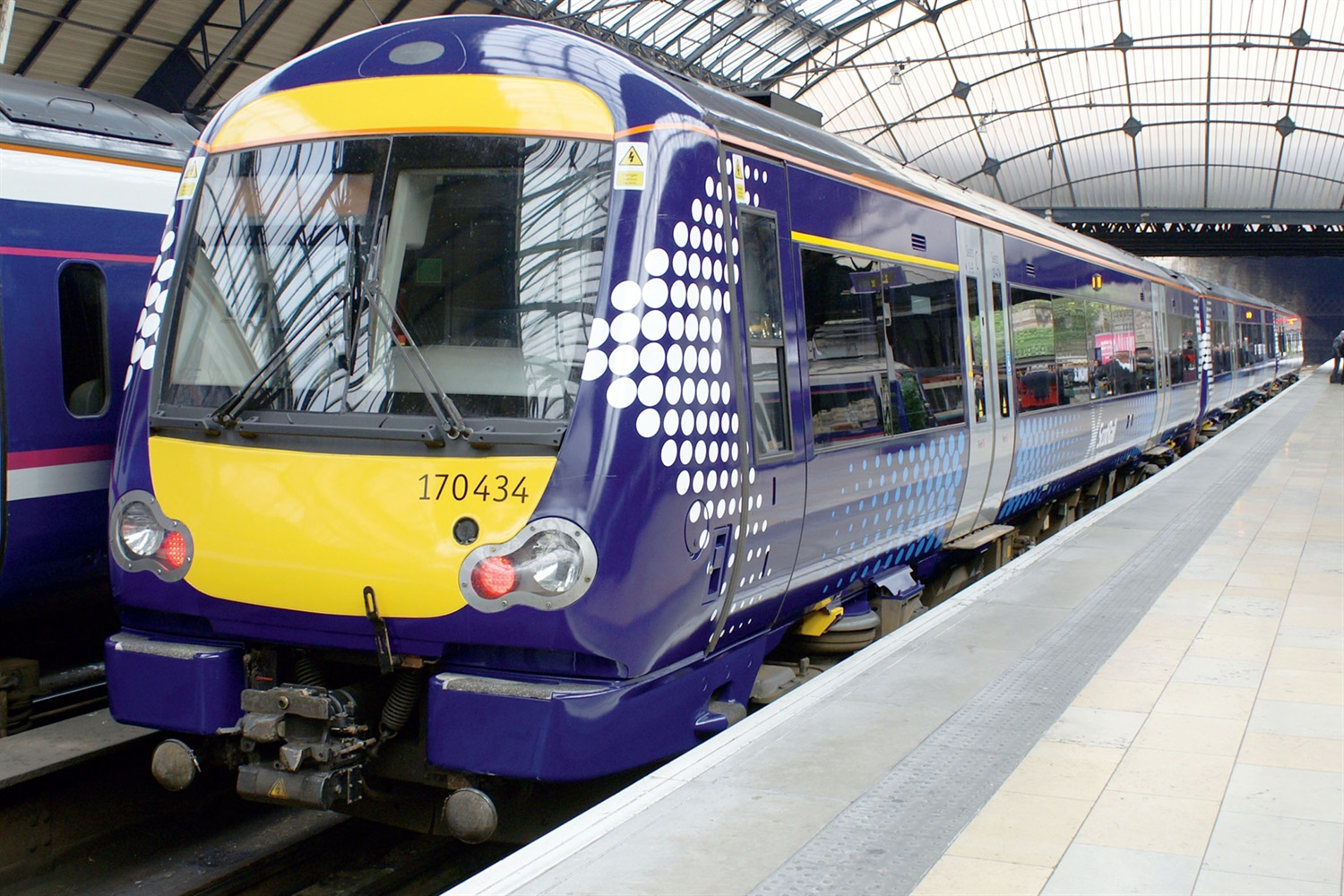 New franchises take over Scotland's railway and sleeper services