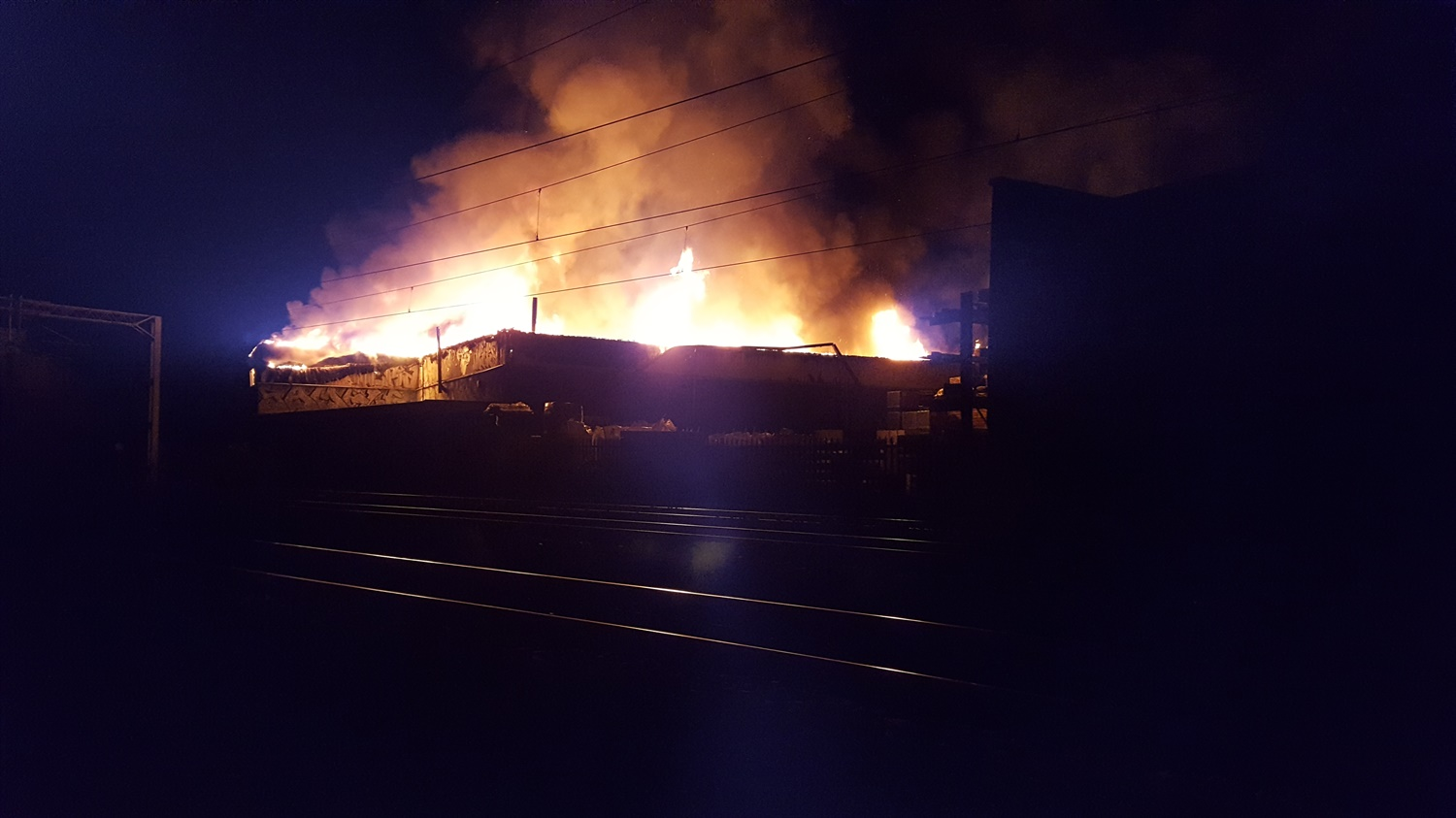 Major delays expected on WCML following blaze