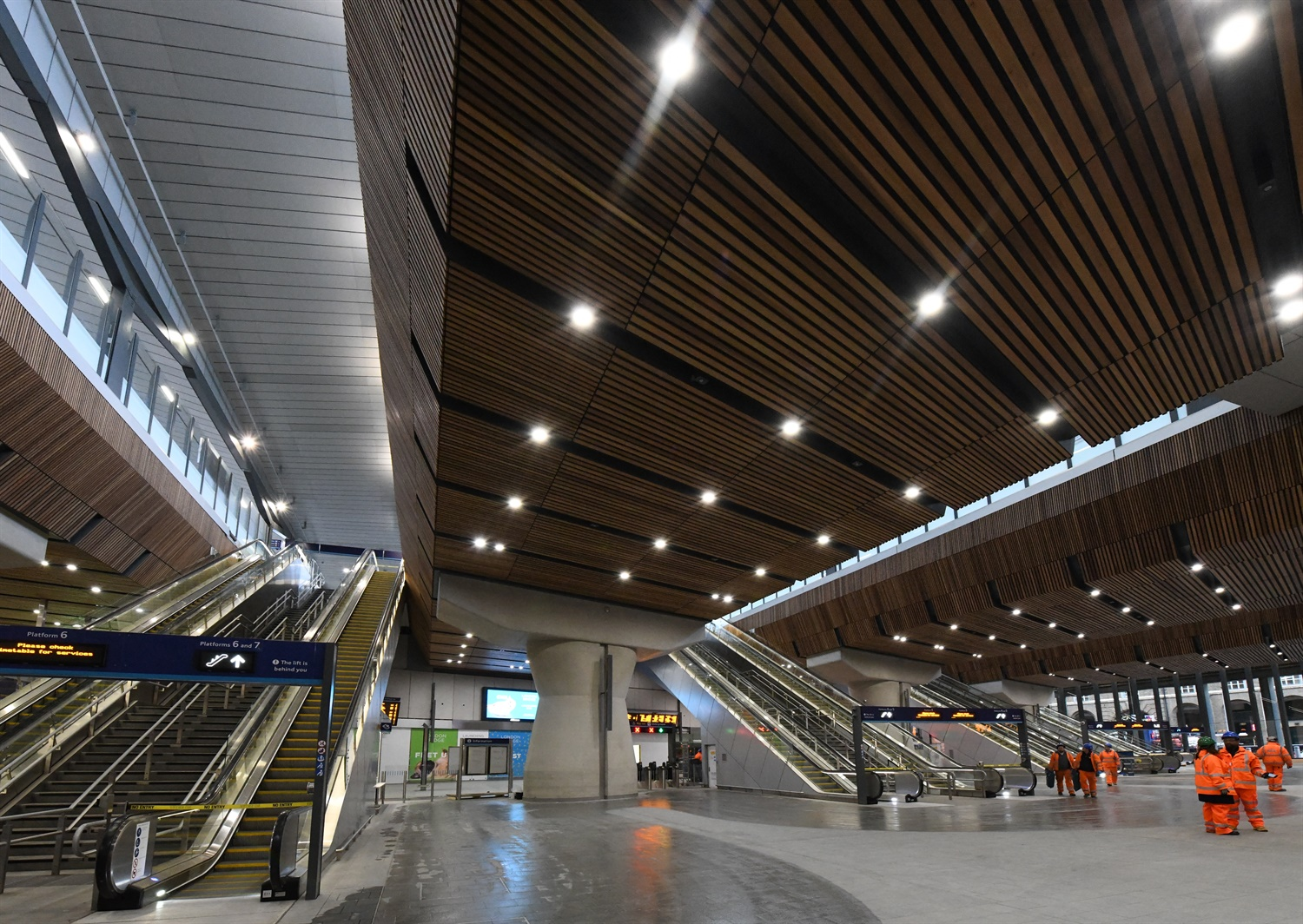 London Bridge opens 'huge' new concourse following Christmas works