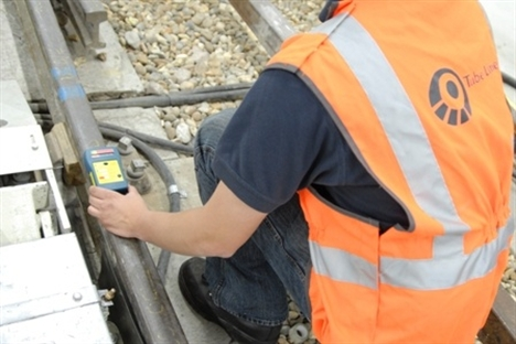 Tube Lines invents track circuit device to tackle signal failures