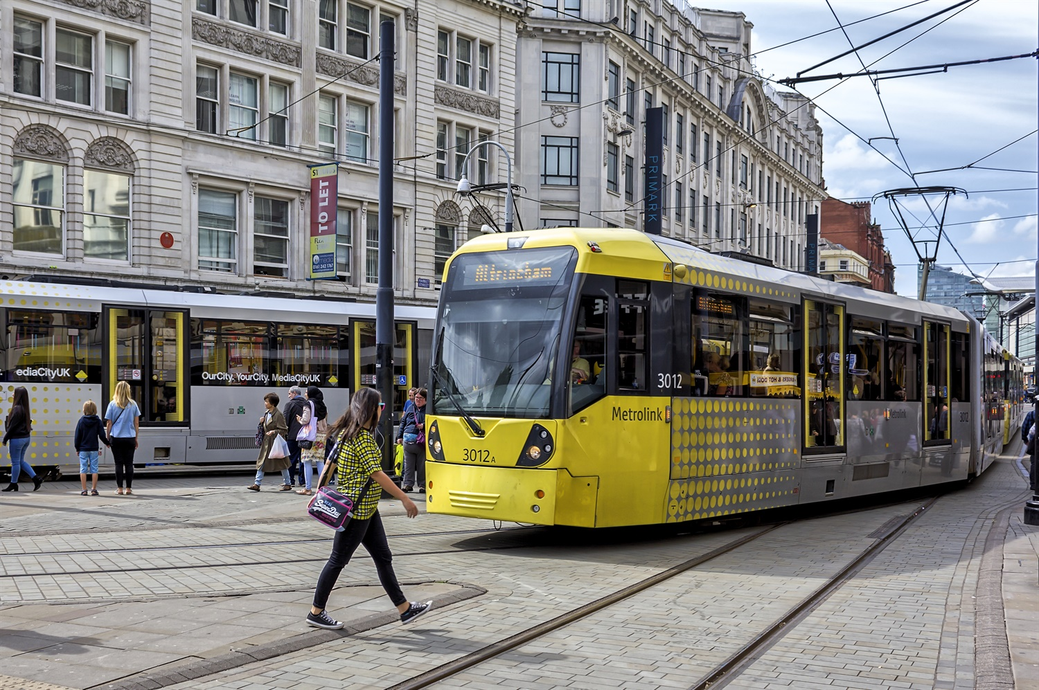 Metrolink told to publish performance figures after communication mishaps