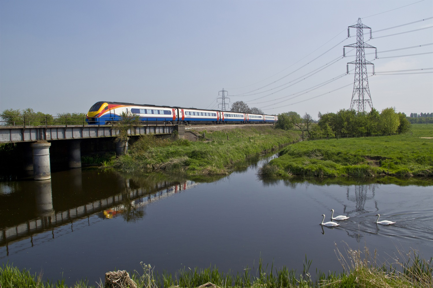 East Midlands hints that HS2 support depends on MML electrification