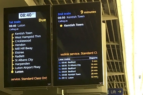 New information screens to be fitted on Thameslink stations