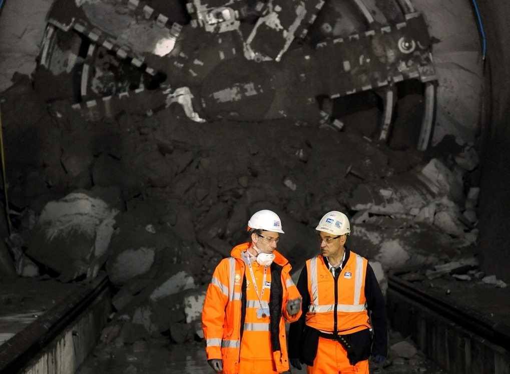 Crossrail contractors in row over overtime pay