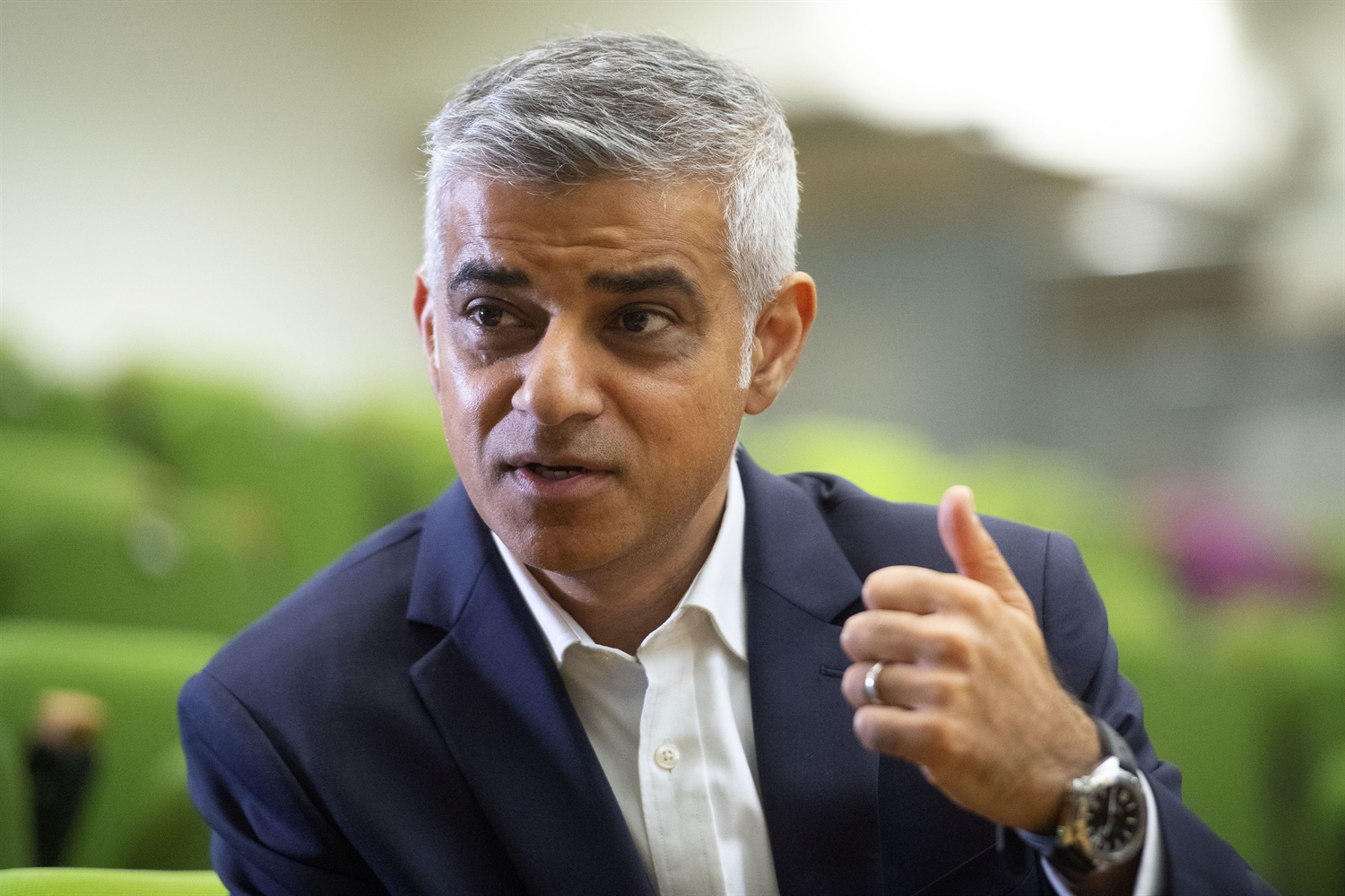 Transport minister blames Khan for TfL's financial problems as it struggles to fund Crossrail