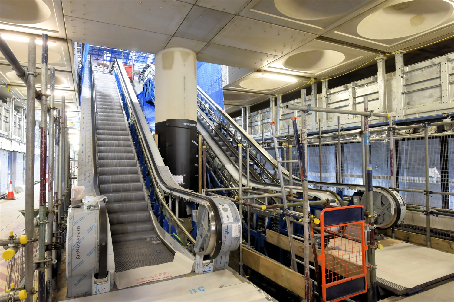 Crossrail reaches halfway point of Elizabeth Line escalator fit-out