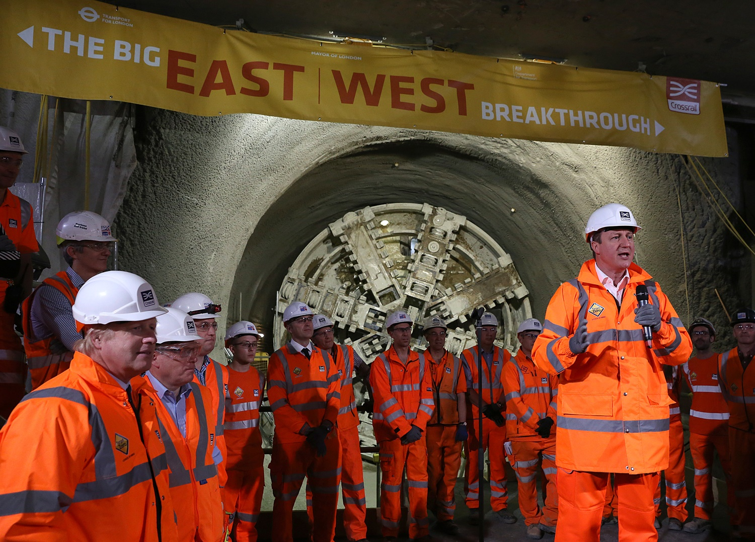 Crossrail completes tunnelling work