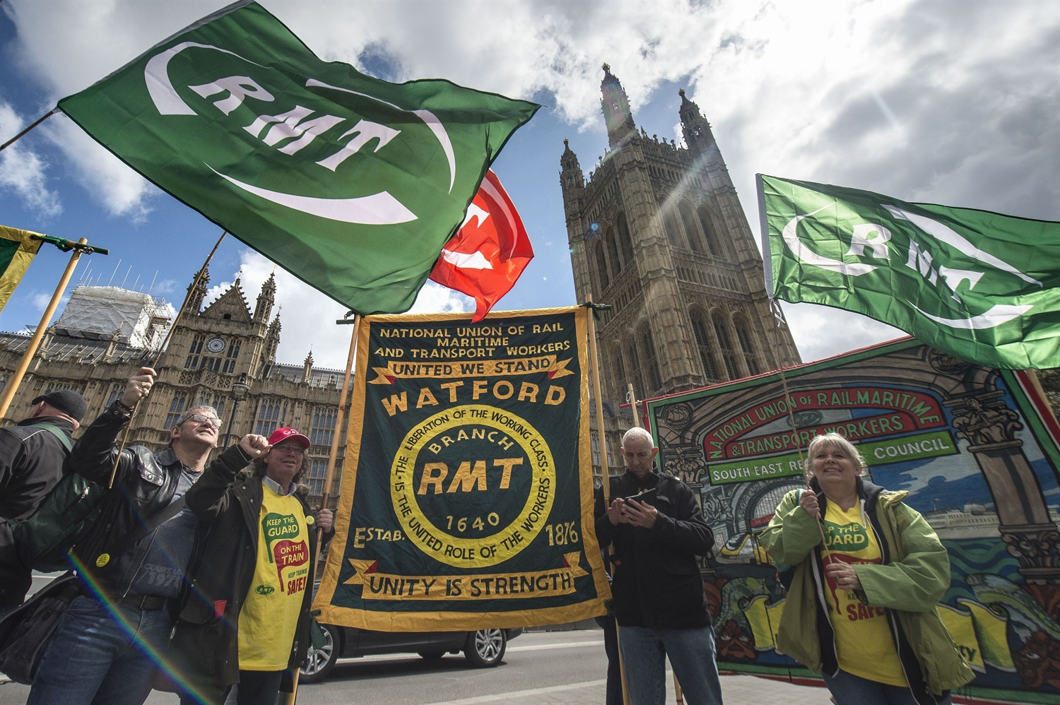 RMT announces nationwide series of strikes across six franchises