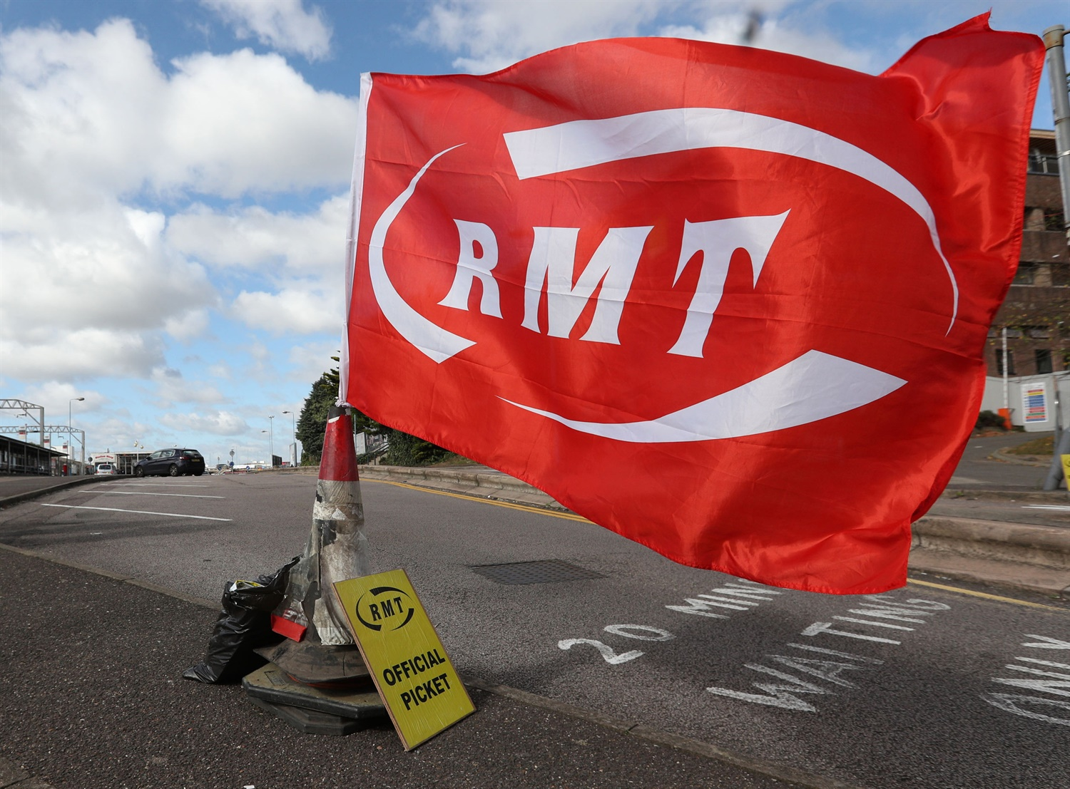 RMT backs disabled passengers protest in London