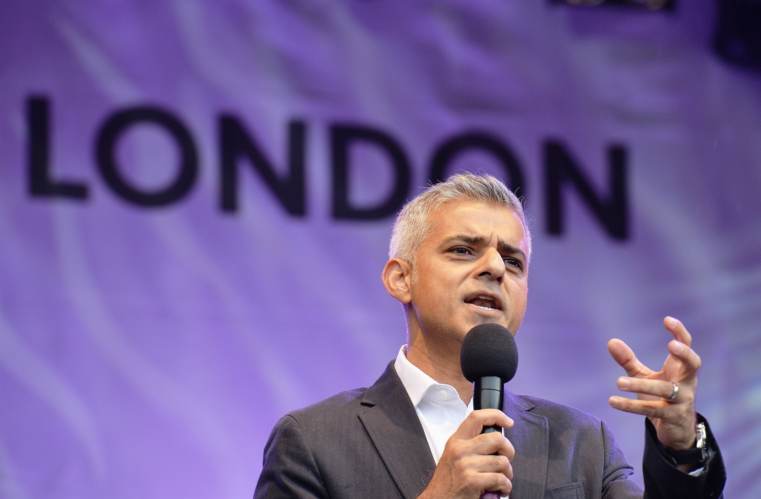 Business leaders urge Khan to appoint 'freight commissioner' for London