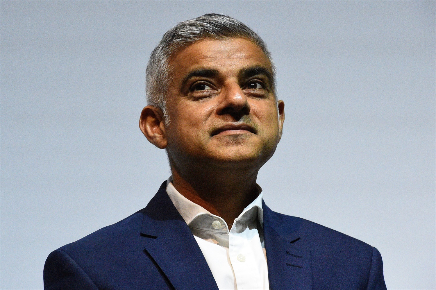 Crossrail: Khan commissions report into governance, says he 'cannot be sure' of completion date